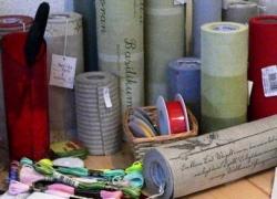 gruen-stickgalerie-leinenbänder