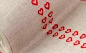 Leinenband rote Herzen